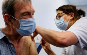ваксинация гърция цялото възрастно население юли