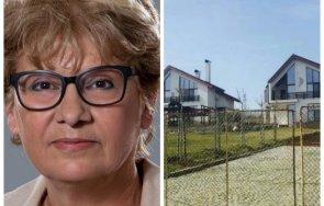 служебният министър регионалното развитие построила къщи морето себе дъщеря европейски пари документи