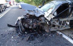 пиян шофьор причинил тежката катастрофа кресненското дефиле пострадала бременна жена снимки
