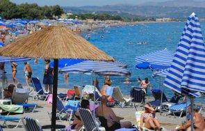 гърция отчита страшен срив туристическия бизнес