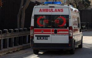 транспортират пострадалия сливен рали състезател турция снимки