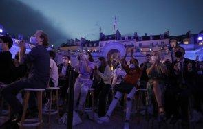 първи път повече година уличен музикален фестивал започна франция