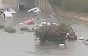 проливни дъждове предизвикаха наводнения южна северна италия