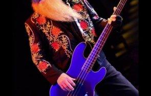 почина басистът top дъсти хил
