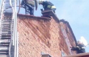 ОТ ПОСЛЕДНИТЕ МИНУТИ: Газов бойлер подпали къща в центъра на Пловдив