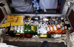 митничари задържаха1568 литра бутилиран фабрично запечатан алкохол дунав мост русе