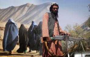 талибаните утвърждават властта голямо количество американска военна техника