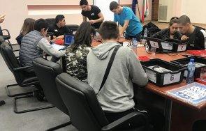 пращат 600 ученици практика реална работна среда