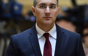 сръбският министър отбраната посети границата косово