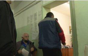 Разследват лекар в Мадан за фиктивни ваксинации срещу COVID-19