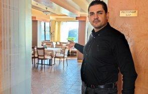 Заради Радев! Спадът в посещенията на ресторантите и моловете е 80%