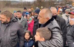 първо пик премиерът борисов продължава инспекциите района гоце делчев местните аплодират вие намирате начин помогнете всичко видео