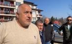 ПЪРВО В ПИК TV: Борисов във Велинград: Милиони дълг завари кметът. Жена от тълпата: Вярваме ви! Корнелия да си ходи на Крушовица (ОБНОВЕНА/ВИДЕО)