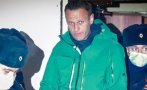 навални съди властите затвора давали корана