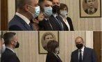 ИЗВЪНРЕДНО В ПИК TV: Нинова след срещата с Радев: Коментирахме дали БСП сме готови за мандат, ще подкрепим кабинет на