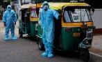 В Индия използват рикши за линейки за болните от COVID-19