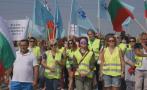 ПРОТЕСТИТЕ ПРОДЪЛЖАВАТ: Пътни работници пак блокират пътища заради неизплатени задължения