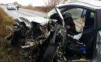 шофьор разби крайпътна нива загина