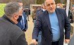 ИЗВЪНРЕДНО В ПИК TV: Борисов на поредна спирка в обиколката си из Пиринско. Симитли го посрещна с