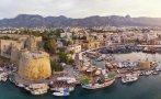 Кипър се отваря за туристи от 65 държави